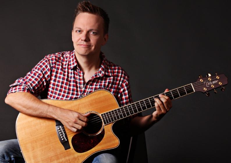 Online Grundkurs Akustikgitarre