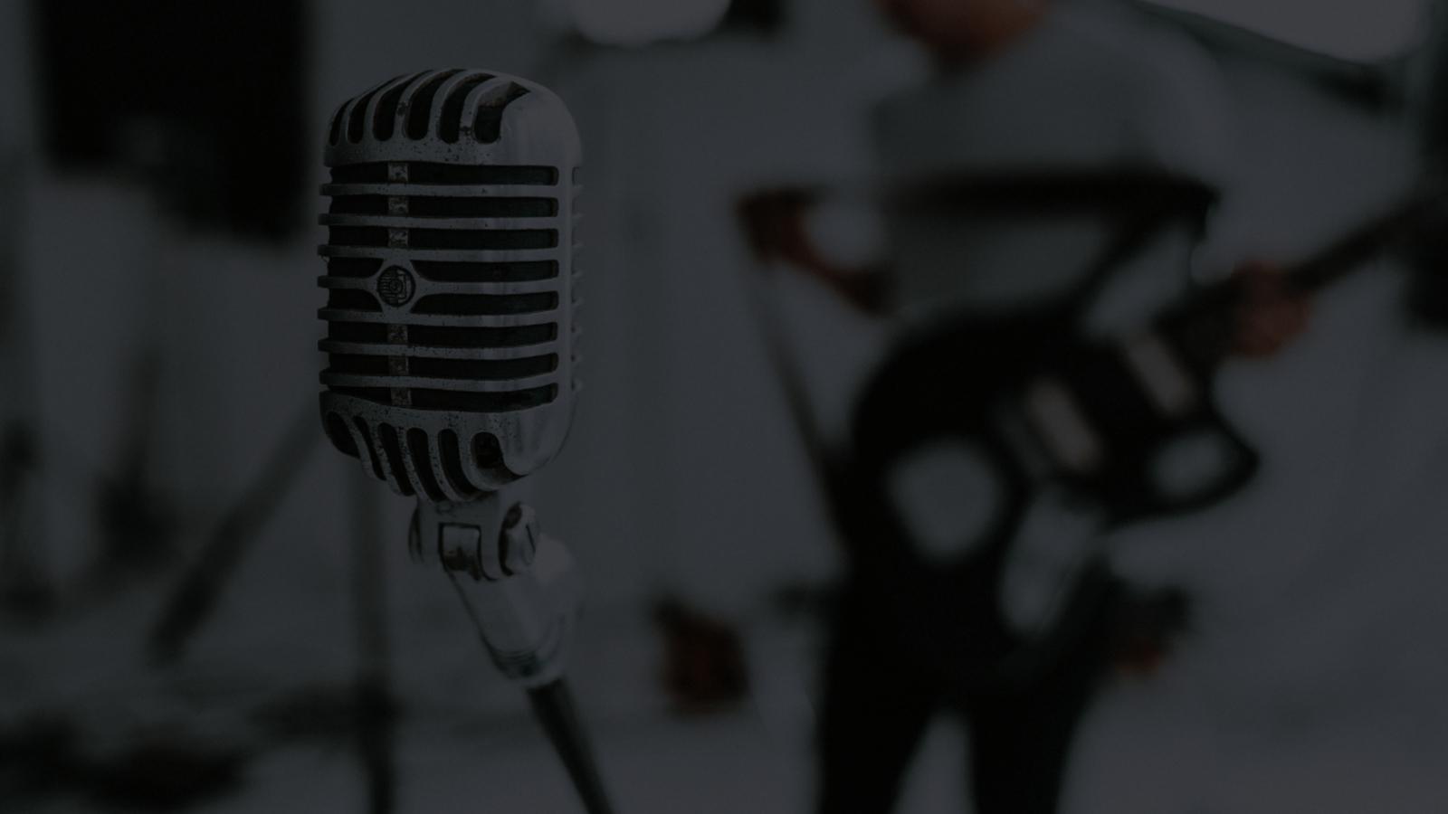 Real Feel - Vocal Fit: Online Gesangsübungen mit Band Feeling